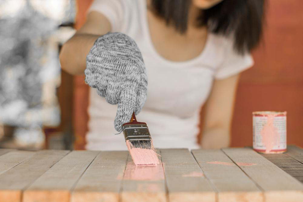 Conseils nécessaires pour rénover une ancienne chaise : retapisser un meuble !